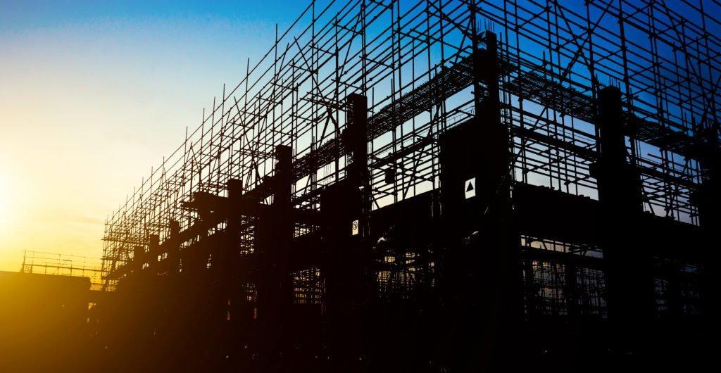 Quais as vantagens e aplicações do aço na obra? Descubra agora! 1